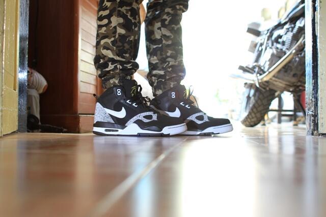 Nike Air FLight Legit Sneakers Head Masuk