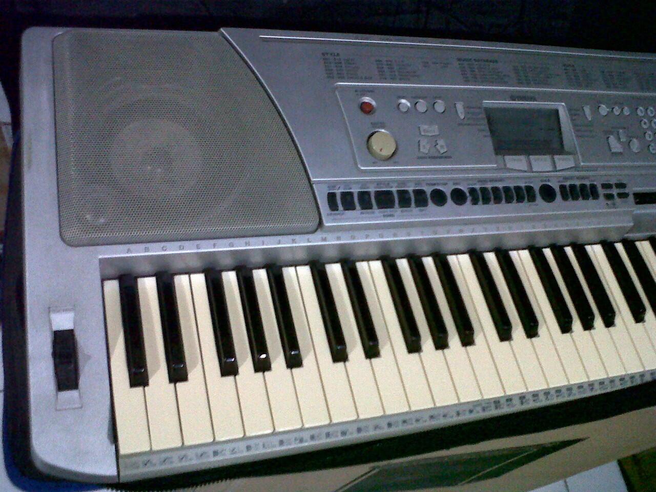 Terjual keyboard second yamaha psr 340 psr 450 psr for Psr s900 yamaha