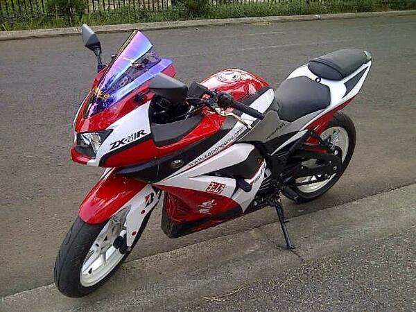 *******[NYESEL GA MASUK] WTS Kawasaki Ninja 250 FULL MODIF 2012 MINT CONDITION km2400