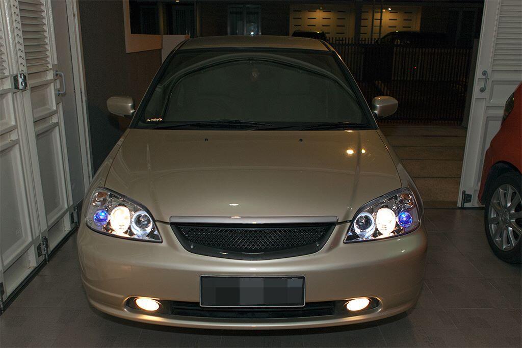 JUAL CEPAT Honda Civic VTI-S Exclusive Matic Januari 2003 Kondisi Terawat.