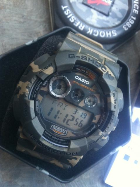 WTS CASIO G-SHOCK (CAMO) GD120CM MADE IN JAPAN