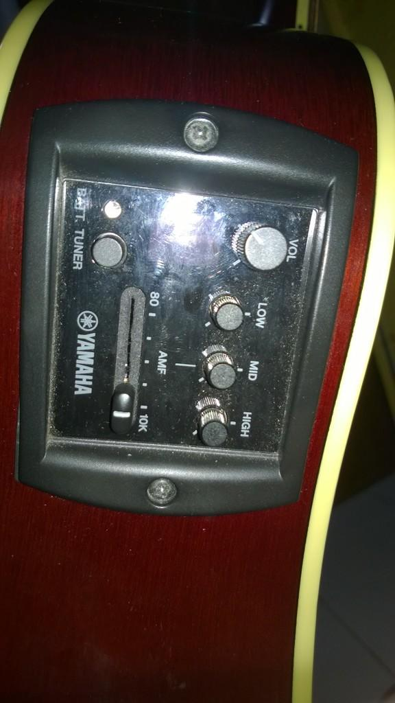 Yamaha APX 500II ORI electric rusak harga terserah