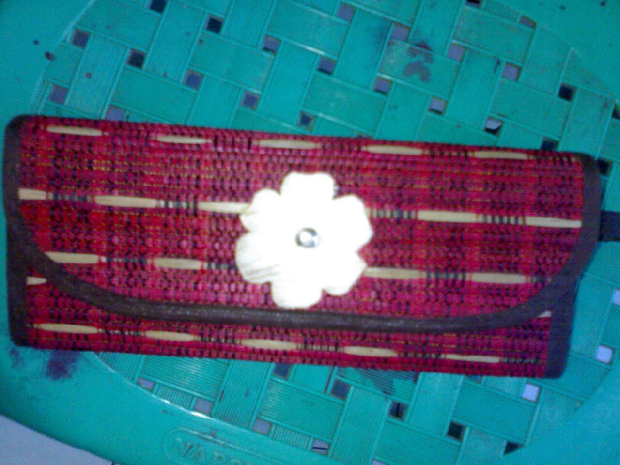 dompet mendong khas kerajinan rajapolah