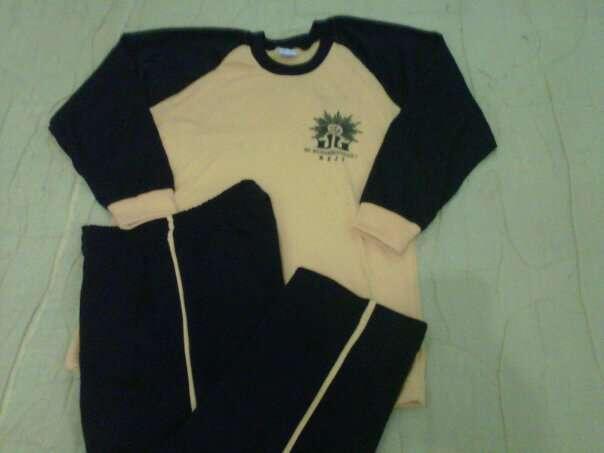 Kaos Olahraga Sekolah 083838710859 / 30D3B0C1