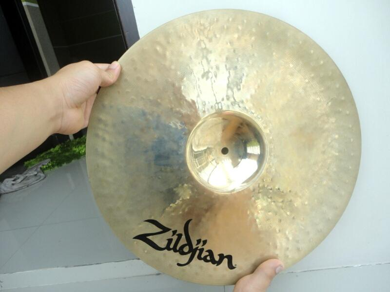 Cymbal Zildjian K Custom Fast Crash 18 Mulus