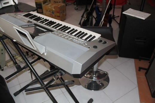 [USED] YAMAHA PSR S 910, GRAB IT FAST GAN !!!