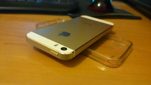 Iphone 5s GOLD 16gb garansi Indonesia WII mulus like new baru pake 2 bulan MURAH