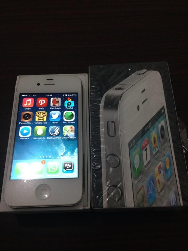 iPhone 4 GSM 16G FU Mulus COD Bandung