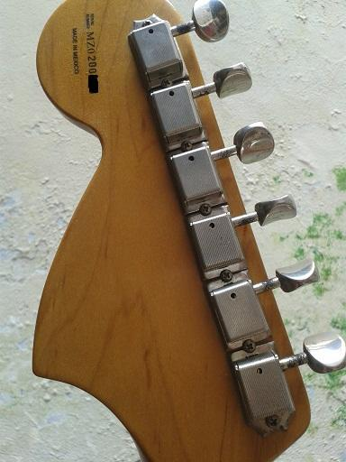 Sale..!!! Fender Stratocaster deluxe series Hss th 2000