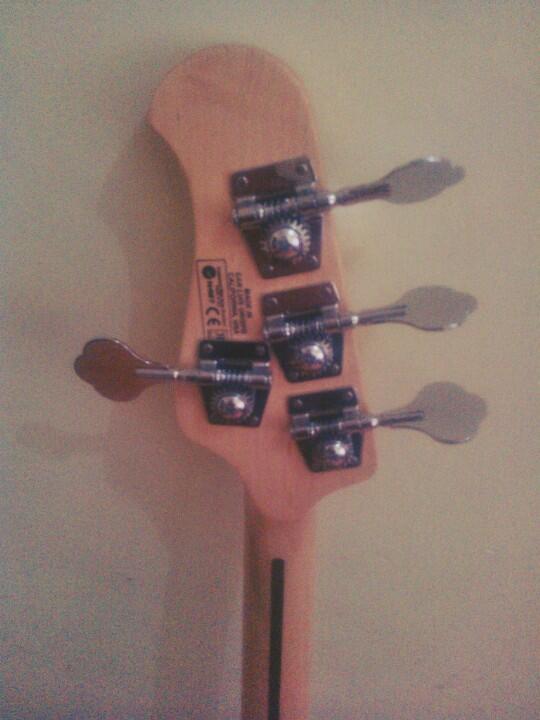 Bass Musicman StingRay Custom