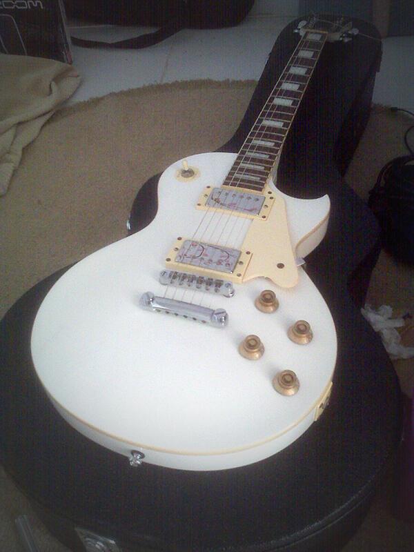 Jual Murah gitar Artrock RLP 100 White Second