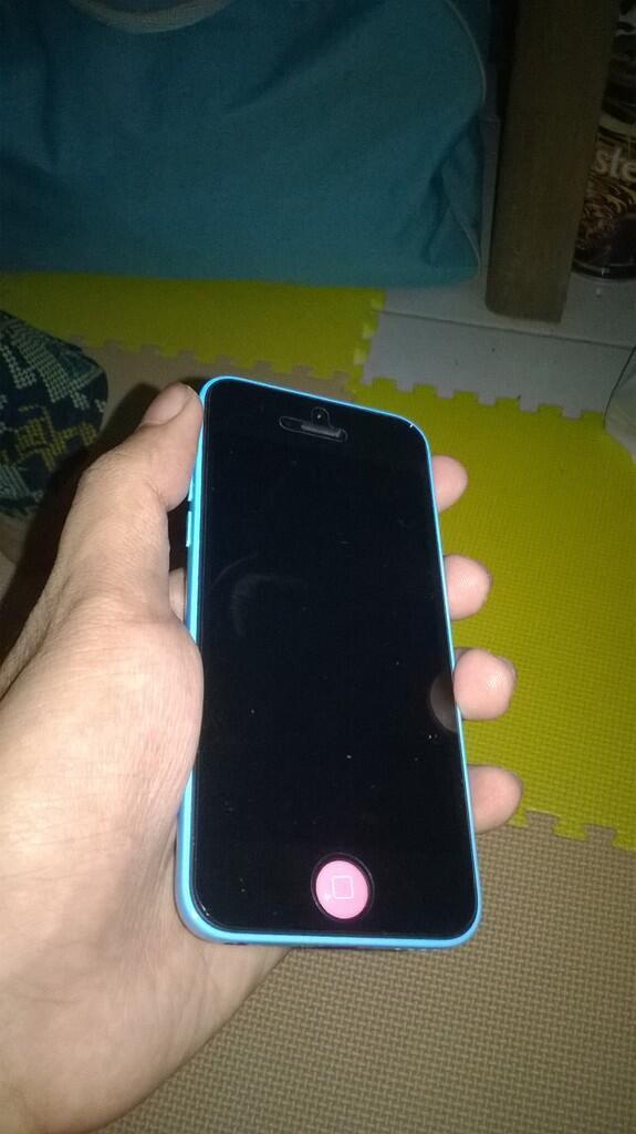 Iphone 5C 16gb 99% Garansi resmi TRIO panjang BU Semarang