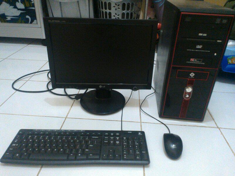 PC komplit C2Q Q8400 gaming & editing oke