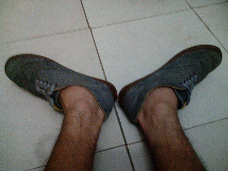BU sneakers sepatu vans