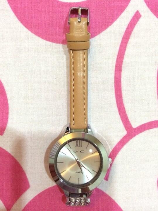 Terjual Jam Tangan Kulit Vincci VNC Original