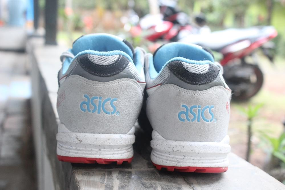 Asics Gel Saga Exploration 2014 soft grey ORIGINAL