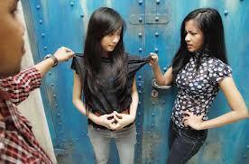 6 Tipe Teman yang Harus Diwaspadai oleh Anak Anda
