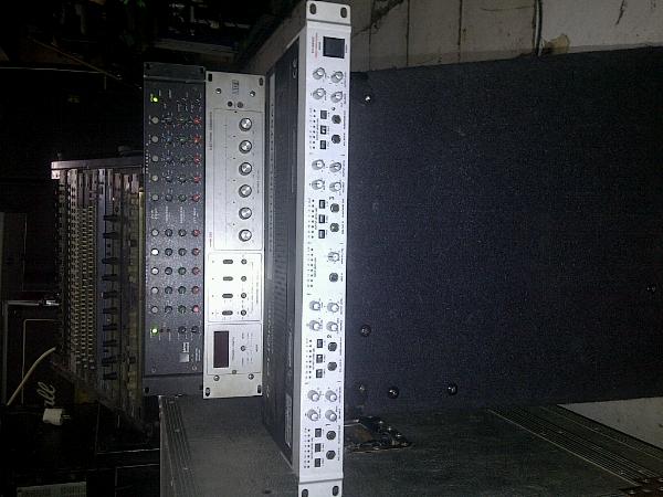 monitor center phonic