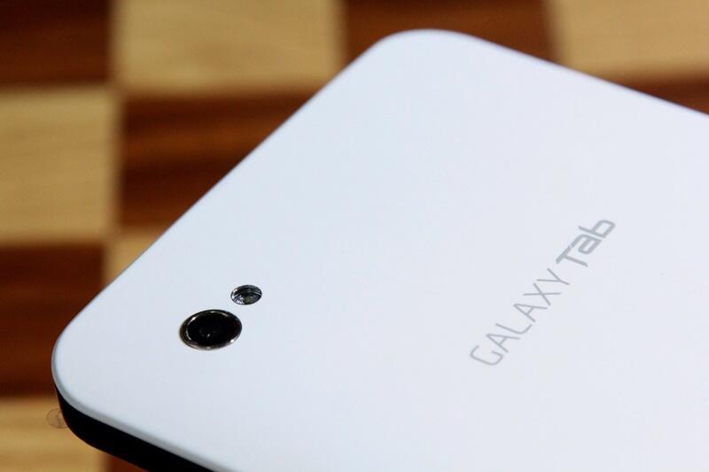 Samsung galaxy tab p1000 bandung white mulus lengkap murah hsdpa bisa nelfon sms