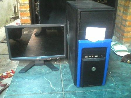 PC AMD Gaming RAM 2GB VGA ATI 5570 + LCD Acer 16inch Murah