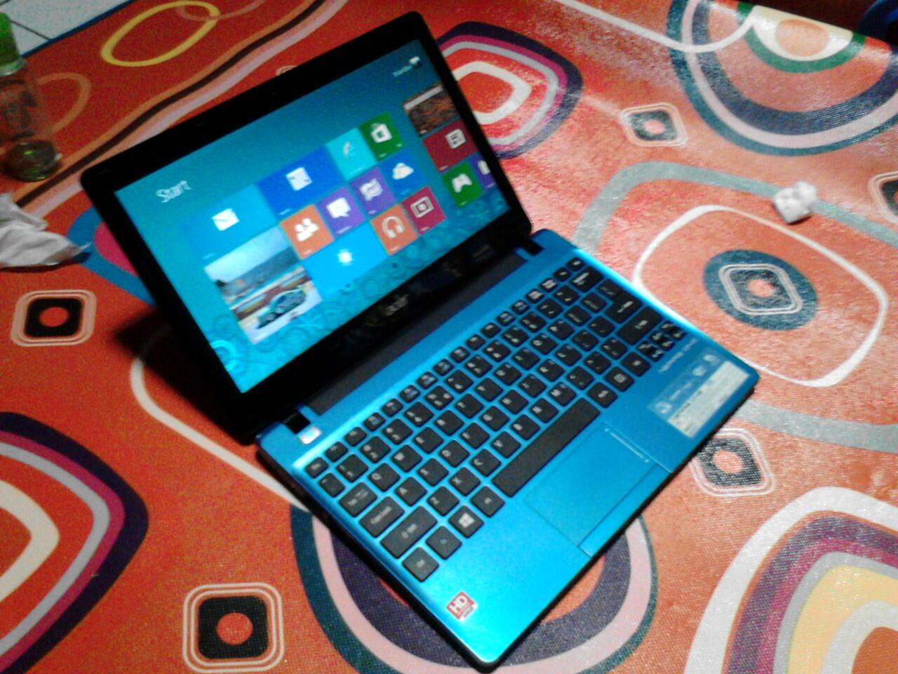 Netbook Acer Aspire One 725 (Bandung)