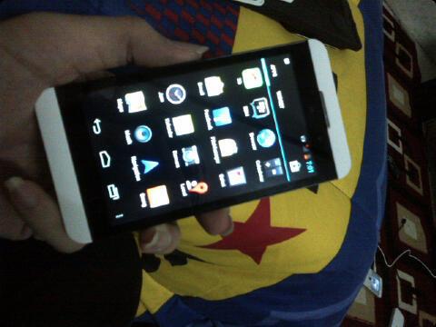 KINGCOPY BB Z10 Android Tampilan OS 10 Body Fungsi 100% Sama 3G Cam 12MP+ 2MP