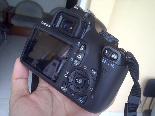 Terjual Kamera DSLR Canon 1100D Plus Lensa Kit 18 55