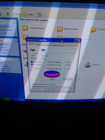 PC Pentium 4 + Monitor Tabung Zyrex