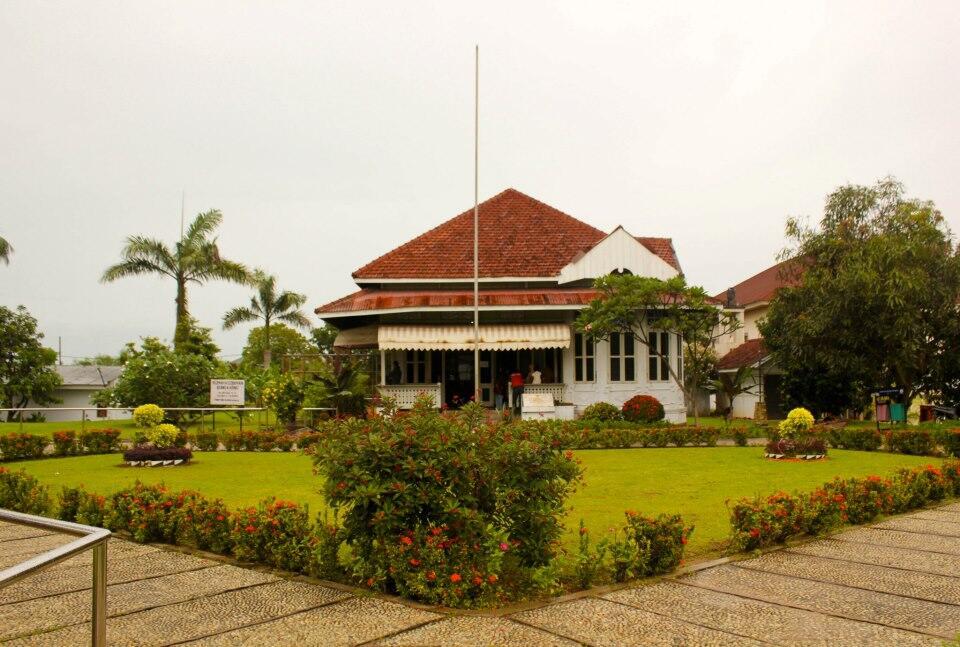 46 hari menggapai titik terujung indonesia modal nekad