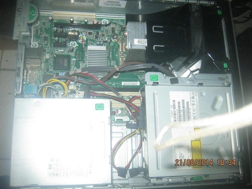 komputer Hp compaq 8000sff Core2Duo 3.0,ram 2gb,hdd 250,dvd, chasing