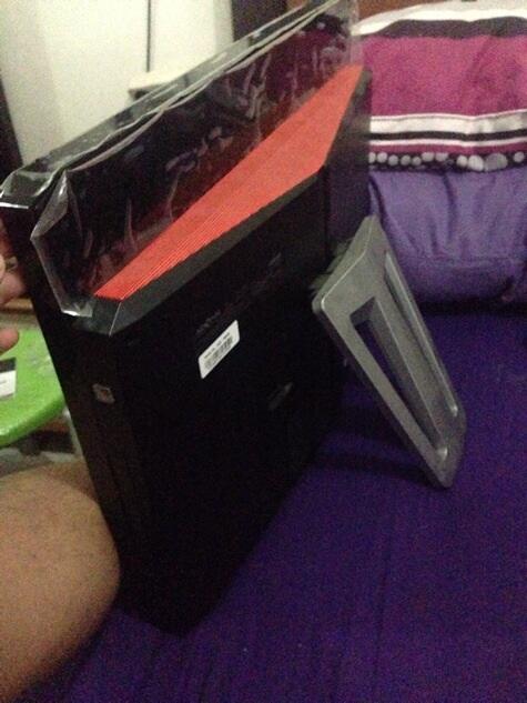 PC desktop deskbook all in One ADVAN 23 inch LIKE NEW D2D 63232 bogor jakarta murah
