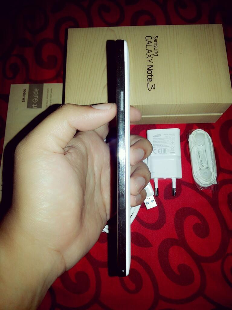 Samsung Galaxy Note 3 N900 32Gb SEIN 2 Bln Pakai Bandung