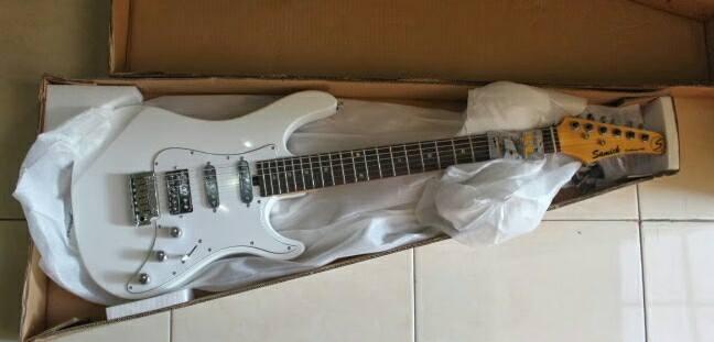 gitar listrik original samick NSST-100 stratocaster model
