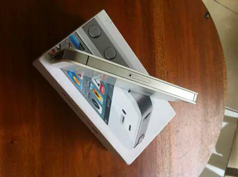 iphone 4G 8Gb ibox
