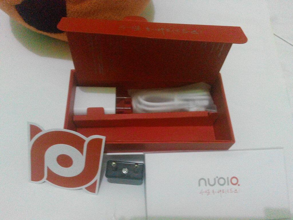 BNOB ZTE Nubia Z7 Mini Dual On (LTE, 3G, CDMA)
