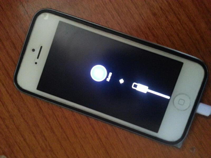 Jual Iphone 5 32GB White error connect Itunes batangan apa adanya