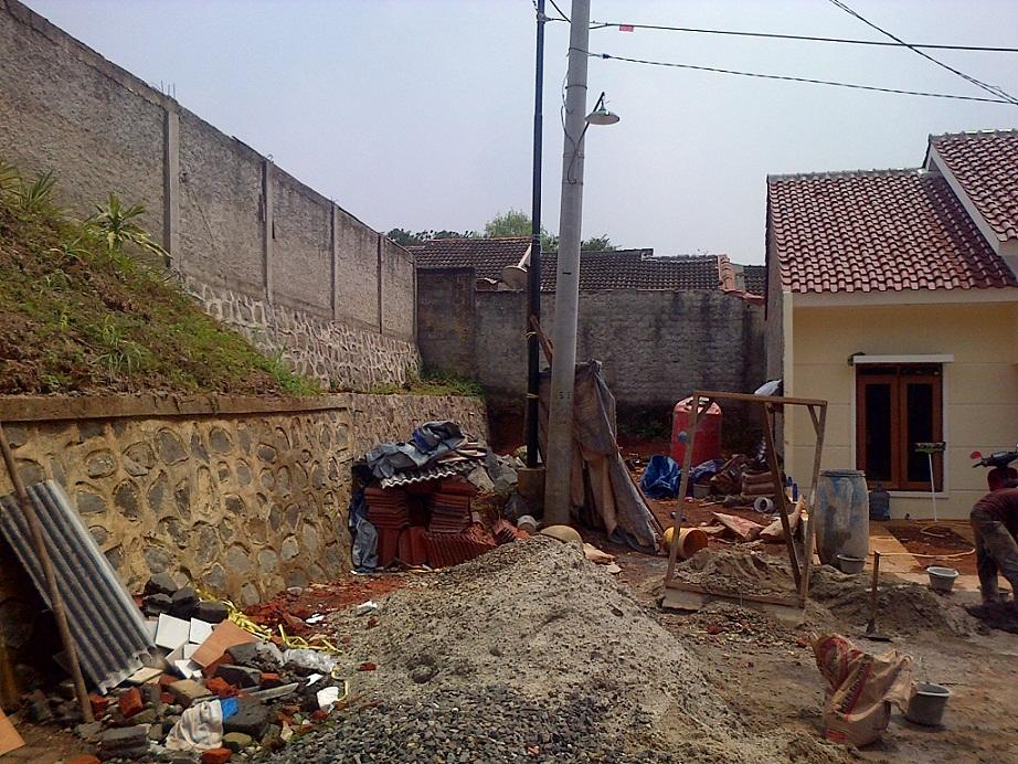 Rumah type 38 / 81 di Grogol Limo, Depok.
