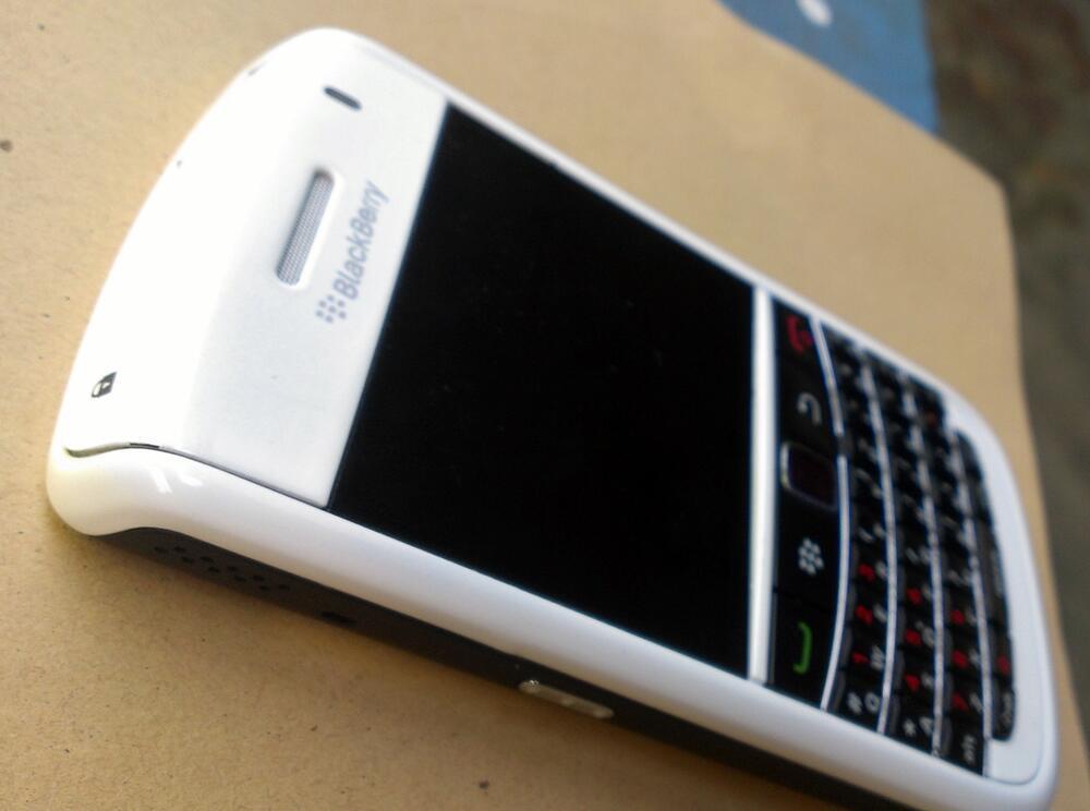 BlackBerry Essex Bold 9650 (BANDUNG)