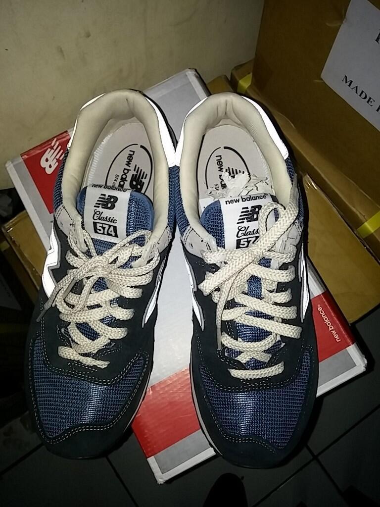 Terjual WTS !!! New Balance 574 DNA sz.42 BNIB warna biru navy  7fb141f6fc