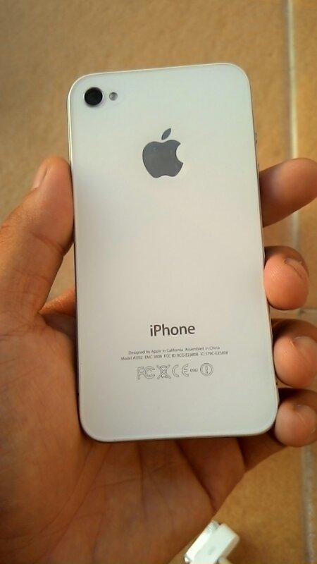 SALE IPHONE 4 8GB BUTUH UANG SEMARANG