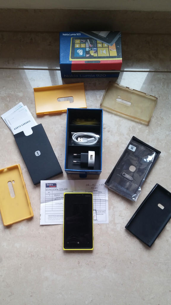 WTS Nokia Lumia 920 Yellow 2nd