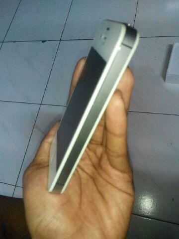 iphone 4 white 8GB CDMA full ori