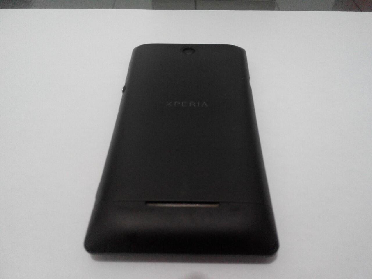 [Second] Sony Xperia E single, kondisi bagus