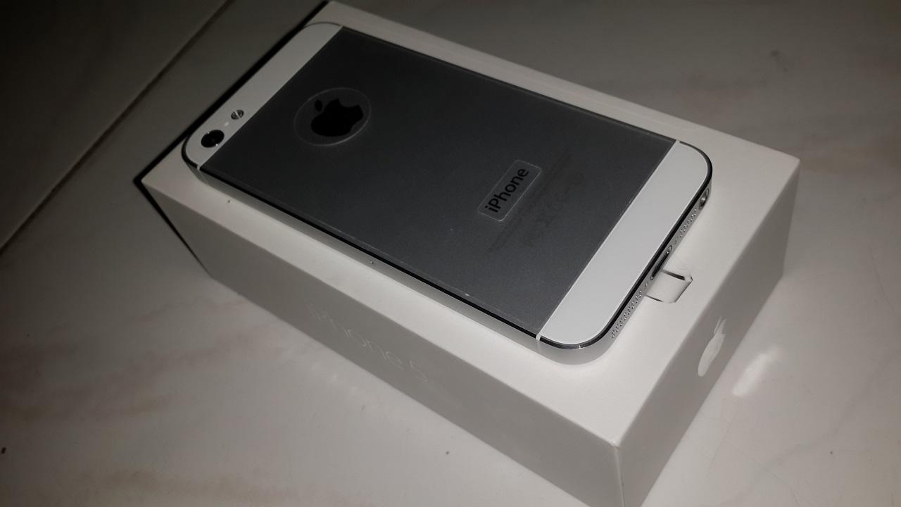 iPhone 5 16GB White second, bening seperti baru! (Banjarmasin)
