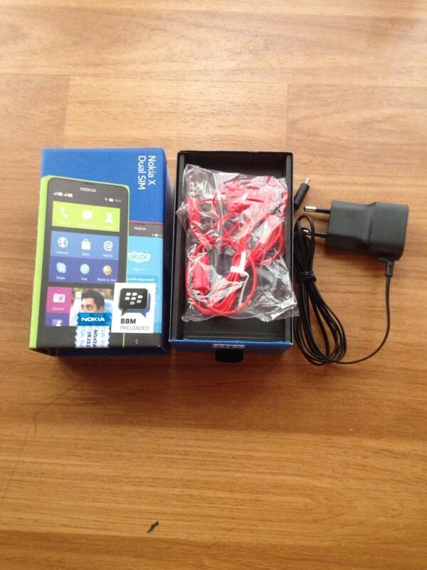 Nokia X Red bisa BBM,Whatspp garansi resmi