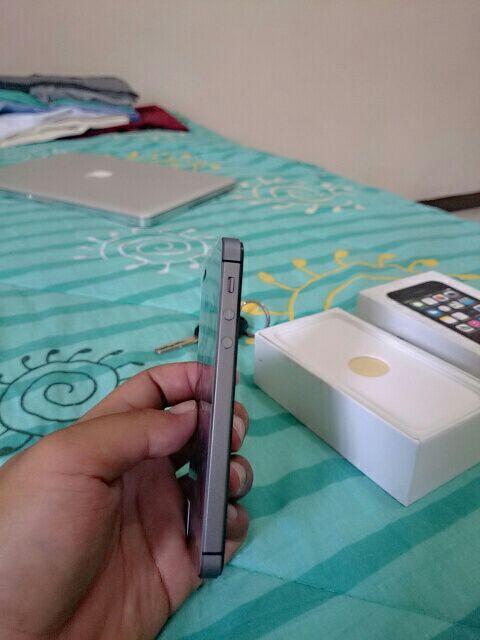 Replika/Supercopy Iphone 5s Black Semarang
