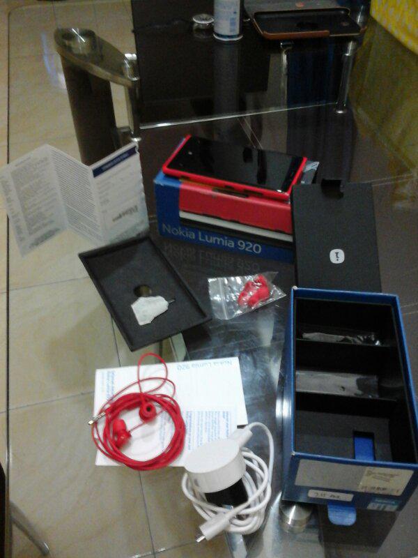 Jual Nokia Lumia 920 Merah Murah + Bonus