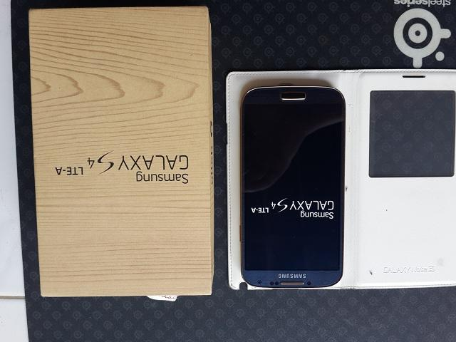 [2nd] Samsung Galaxy S4 SHV-E330K Black Gold Edition (Mint Condition)