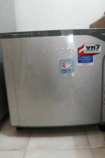 Kulkas Toshiba Glacio GR-N9P
