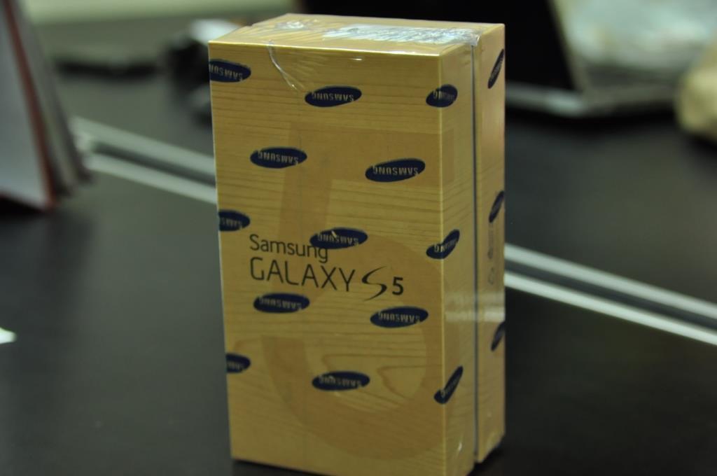 [ Jual ] Samsung Galaxy s5 Shimmery White NEW SEGEL!!